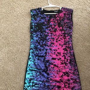(Girls) sequined dress.